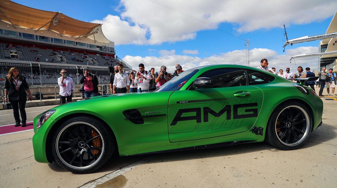 Hamilton - Usain Bolt - Mercedes-AMG GT R - GP USA 2017 - Rennen