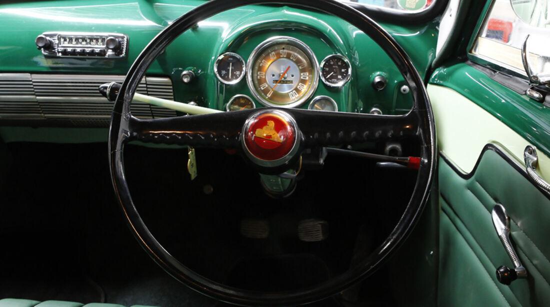 Holden FJ Special Sedan, Cockpit