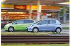 Honda Jazz 1.3 DSi i-VTEC IMA Exclusive, Toyota Yaris 1.5 VVT-i Hybrid Life, Seitenansicht