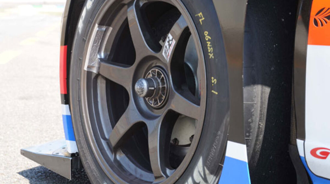 Honda NS-X, Felge, Reifen, Slicks