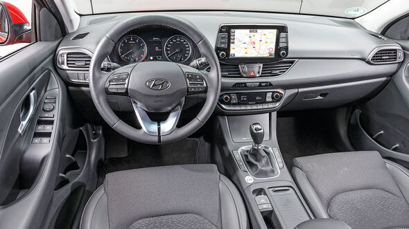 Hyundai i30 1.0 T-GDI, Cockpit