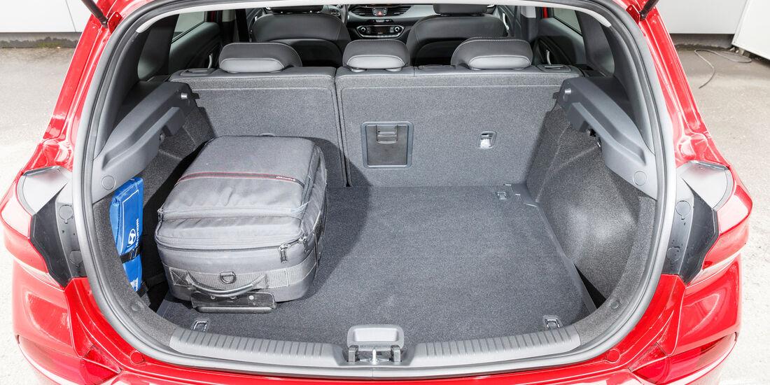 Hyundai i30 1.0 T-GDI, Kofferarum