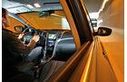 Hyundai i30 1.6 CRDi Trend, Cockpit, Seitenlinie