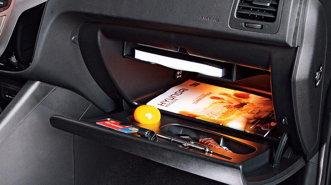 Hyundai ix20, Handschufach