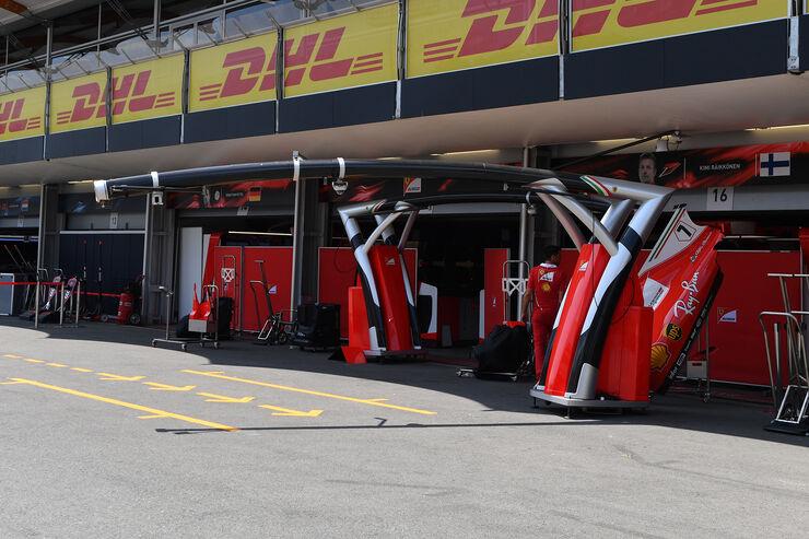 https://imgr4.auto-motor-und-sport.de/Impressionen-GP-Aserbaidschan-Baku-21-Juni-2017-fotoshowBig-cdda13bb-1097791.jpg