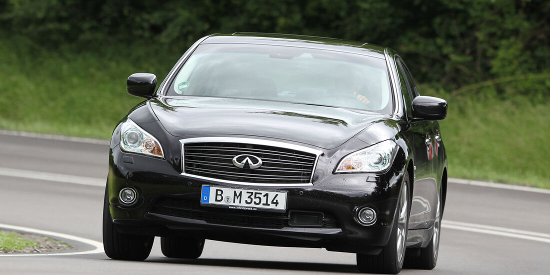 Infiniti M35h, Frontansicht