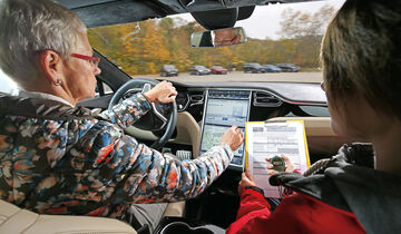 Infotainment-Bedienung, Tesla Model S