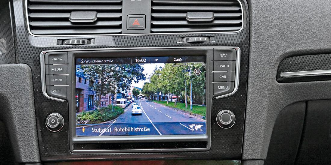 Infotainment, VW Golf, Google, Streetview