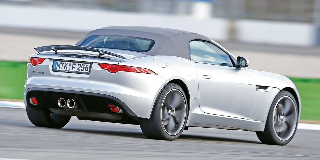 Jaguar F-Type, Heckansicht