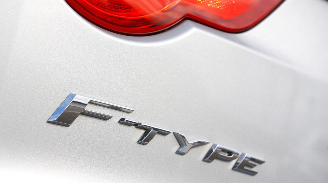 Jaguar F-Type, Typenbezeichnung