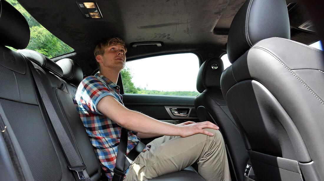 Jaguar XFR, Fond, Rückbank