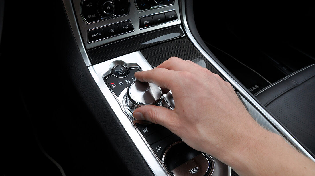 Jaguar XFR, Mittelkonsole, Getriebe, Drehregler