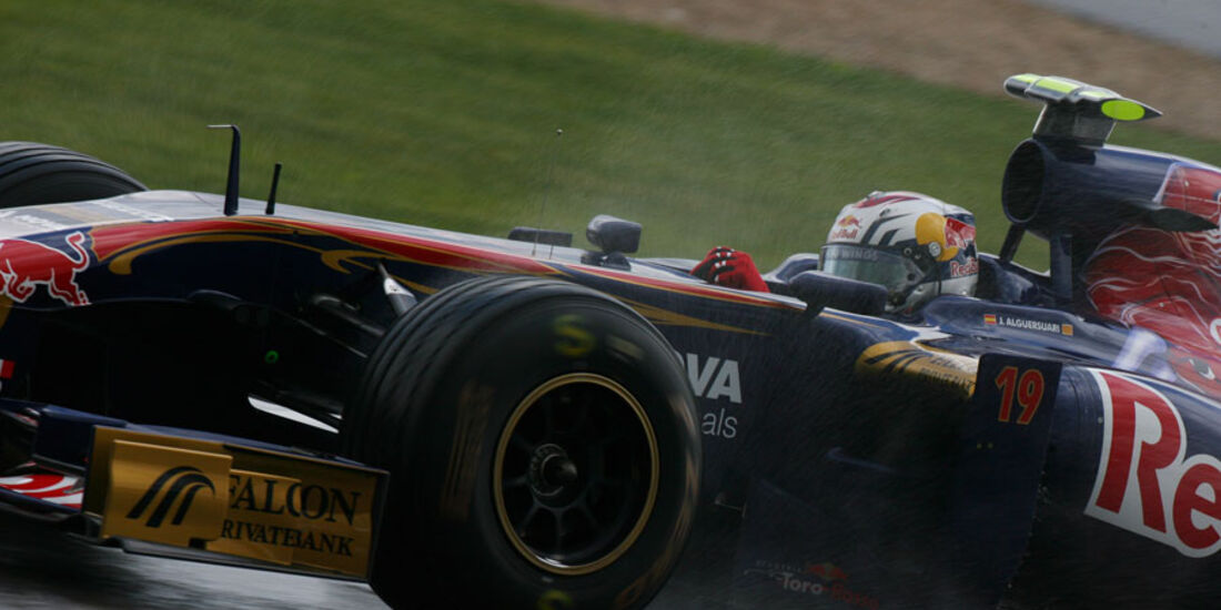 Jaime Alguersuari GP England 2011