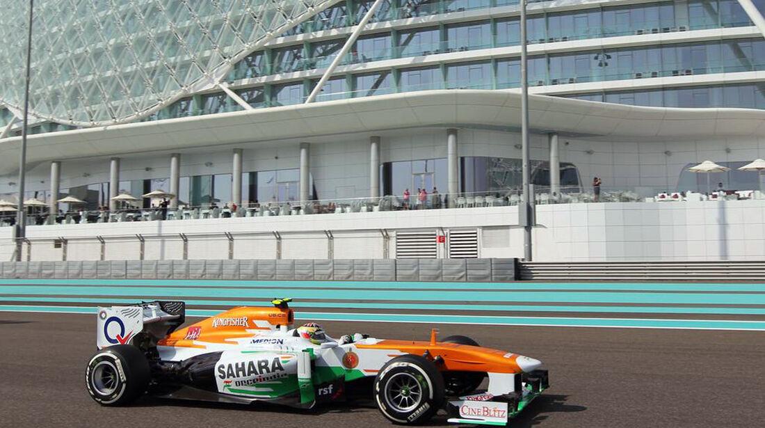 James Calado  - Formel 1 - GP Abu Dhabi - 01. November 2013