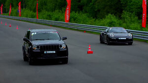 Jeep Grand Cherokee SRT8, Twin Turbo, Drag-Race, Porsche 911 Turbo S