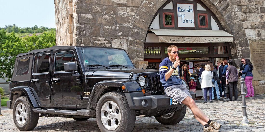 Jeep Wrangler Unlimited 3.6 V6 Sahara, Seitenansicht