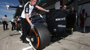 Jenson Button - McLaren - Formel 1 - GP Malaysia - 28. März 2015