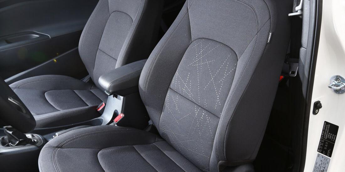 Kia Rio 1.4 Spirit, Fahrersitz