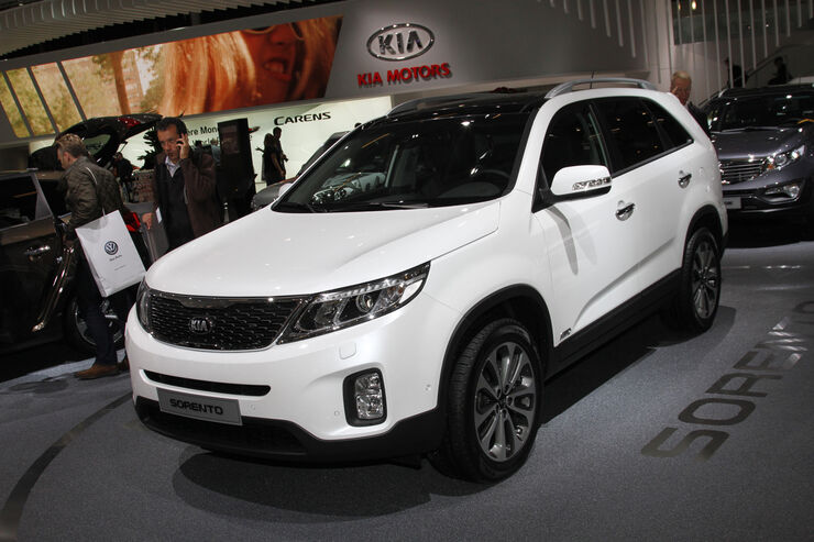 kia sorento facelift 2012 suv bekommt neues. Black Bedroom Furniture Sets. Home Design Ideas