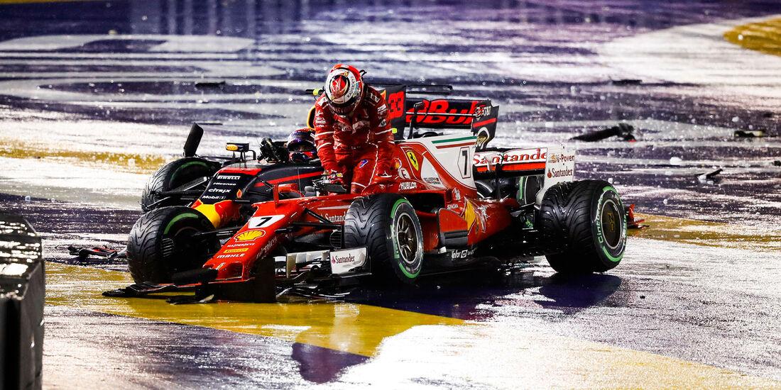 Kimi Räikkönen - Ferrari - Max Verstappen - Red Bull - GP Singapur 2017 - Rennen