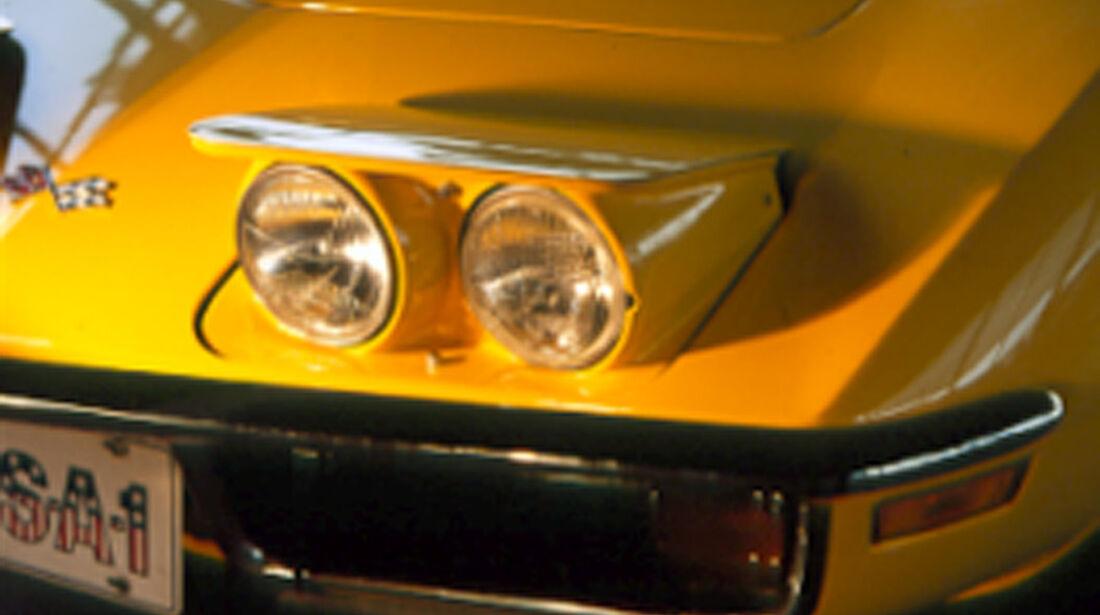 Klappscheiwerfer der Chevrolet Corvette Stingray 454