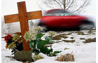 Kreuz, Unfalltote, Straßenkreuz