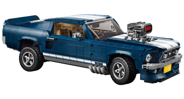 lego creator 1967er ford mustang aus teilen f r. Black Bedroom Furniture Sets. Home Design Ideas