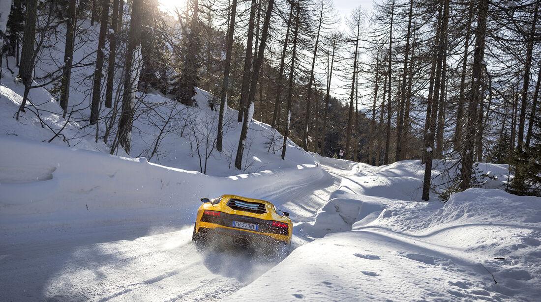 Lamborghini Aventador S, Exterieur