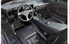 Lamborghini Countach, Cockpit