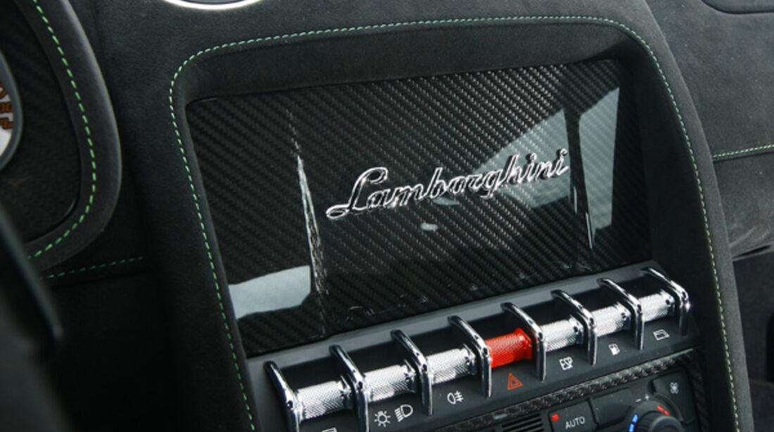Lamborghini Gallardo LP 570-4 Superleggera, Mittelkonsole, Instrumente