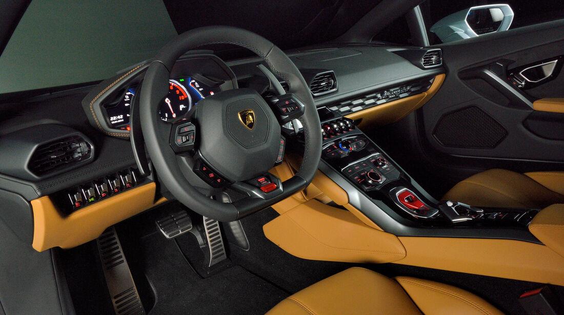 Lamborghini Huracán, Cockpit