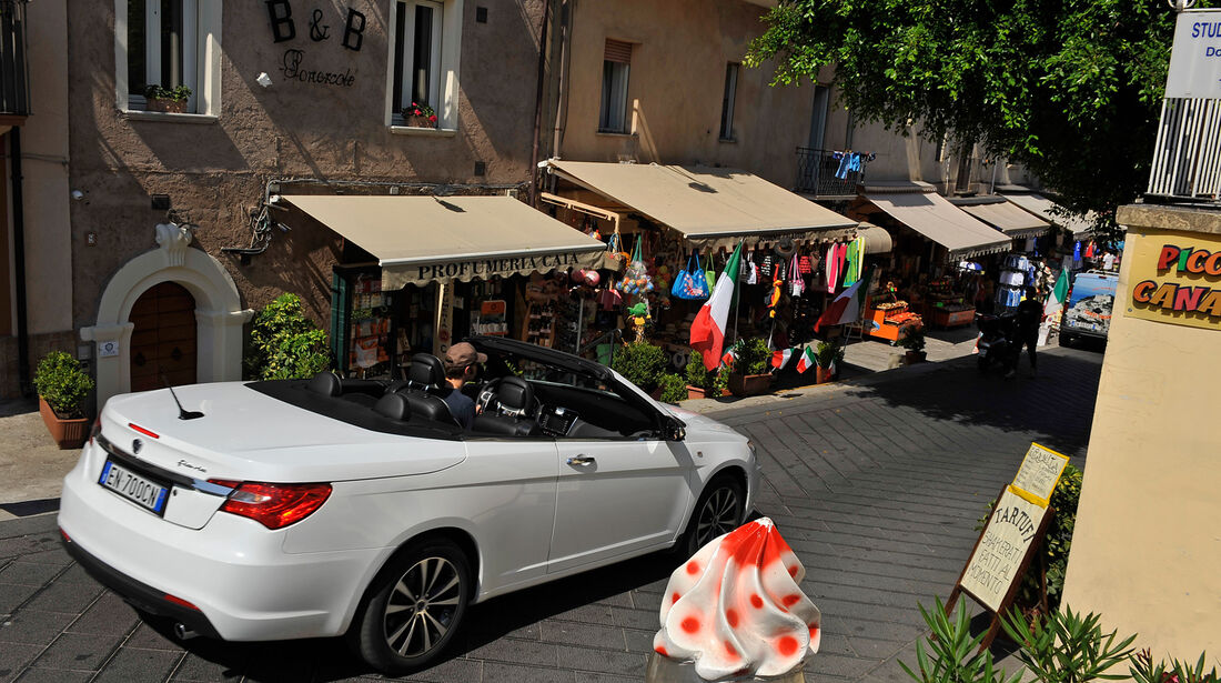 Lancia Flavia, Heckansicht