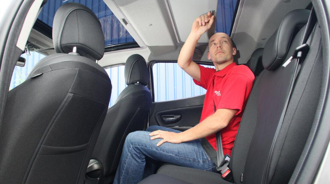 Lancia Ypsilon 0.9 Twinair, Rücksitz, Rückbank, Dani Heyne
