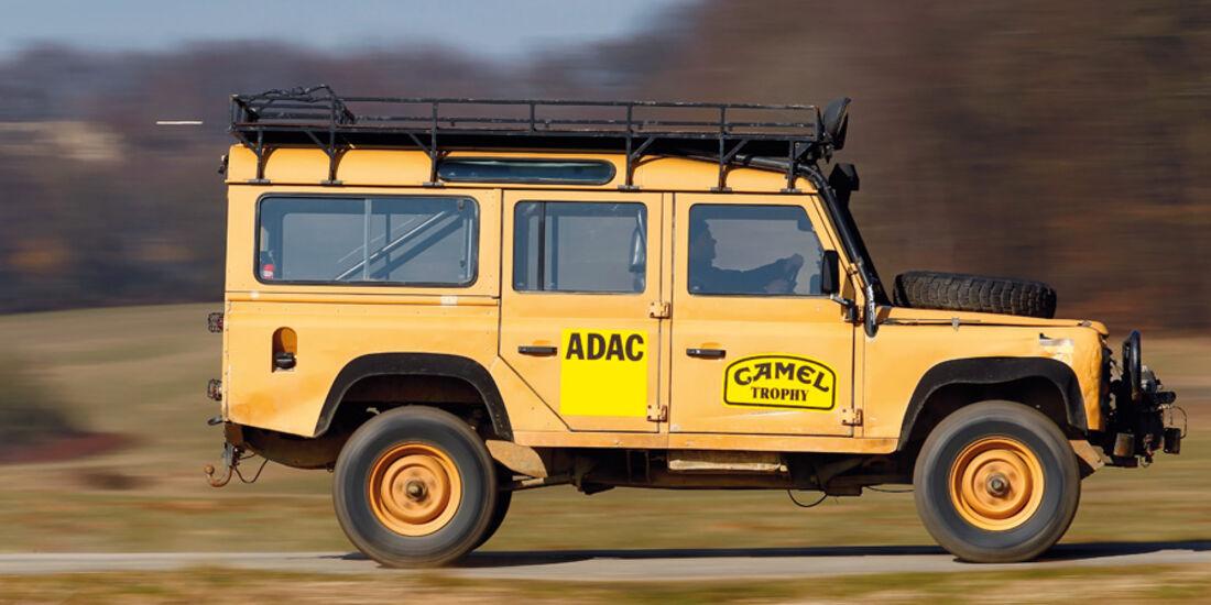 Land Rover 90, 110, Defender, Seitenansicht, Camel, Gelände