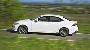 Lexus IS 300h F-Sport, Seitenansicht