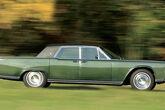 Lincoln Continental Sedan (1965)