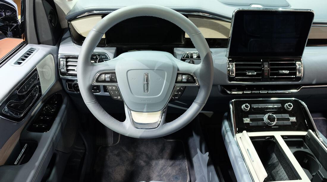 Lincoln Navigator 2021