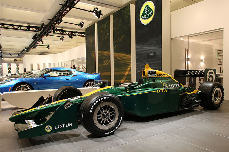 Lotus 2010 IndyCar at LA Auto Show
