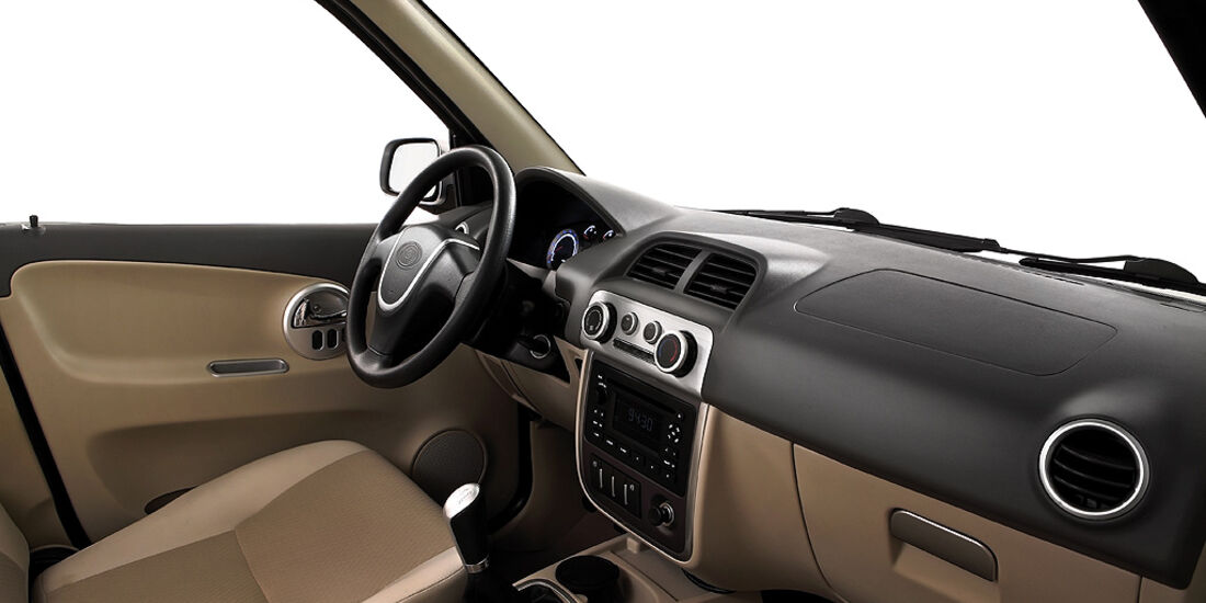 Luis 4U green, Elektroauto, E-Auto, SUV, Cockpit