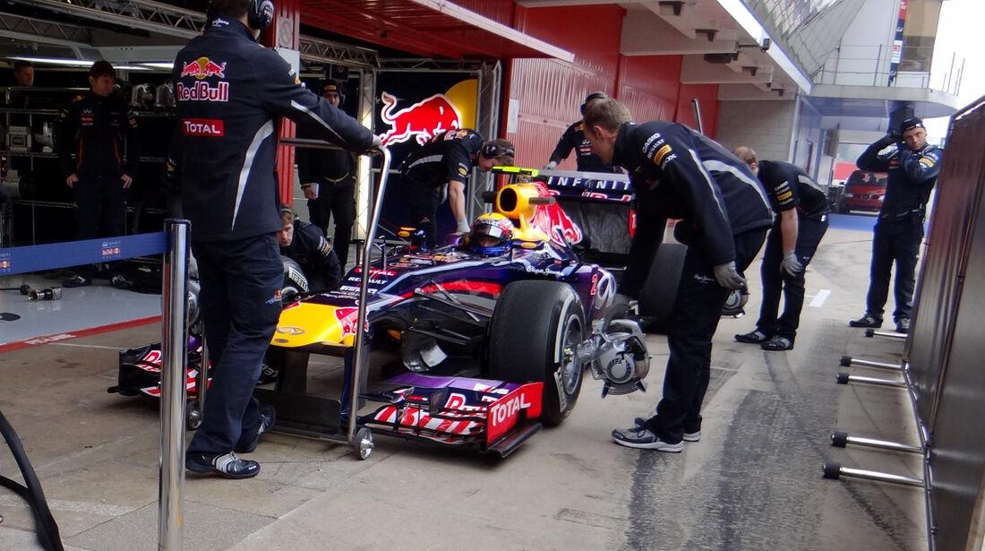 Mark Webber - Red Bull - Formel 1 - Test - Barcelona - 21. Februar 2013
