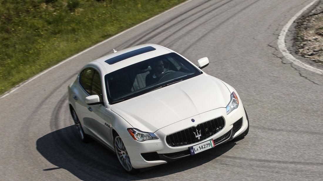 Maserati Quattroporte, Front