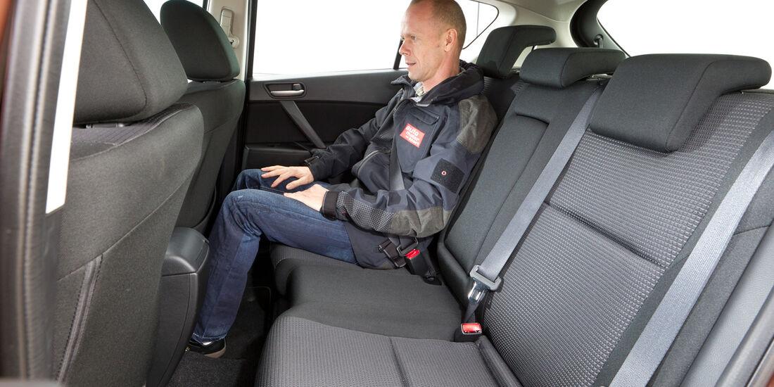 Mazda 3 2.2 MRZ-CD, Rückbank, Beinfreiheit