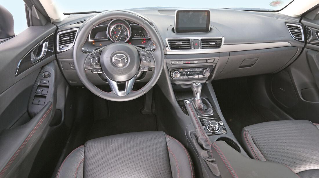 Mazda 3 Skyactiv G 165, Cockpit