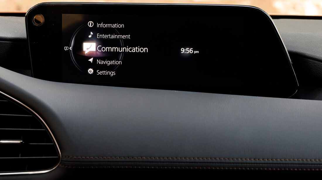 Mazda 3 Skyactive G (2019), Infotainment, Display