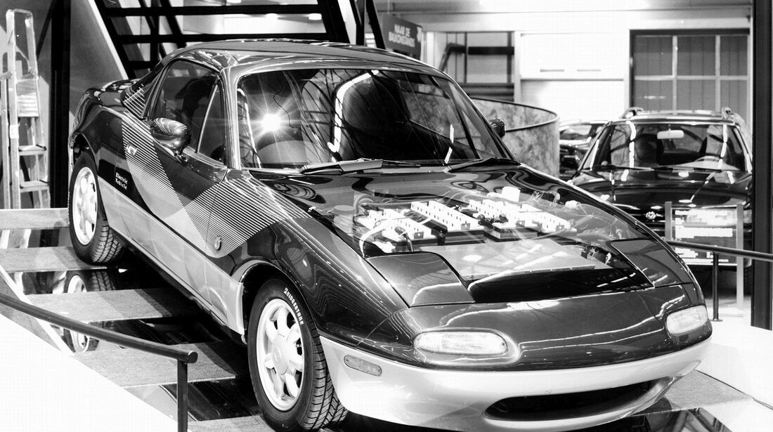 Mazda MX-5 (1991) - Electric Vehicle Energia