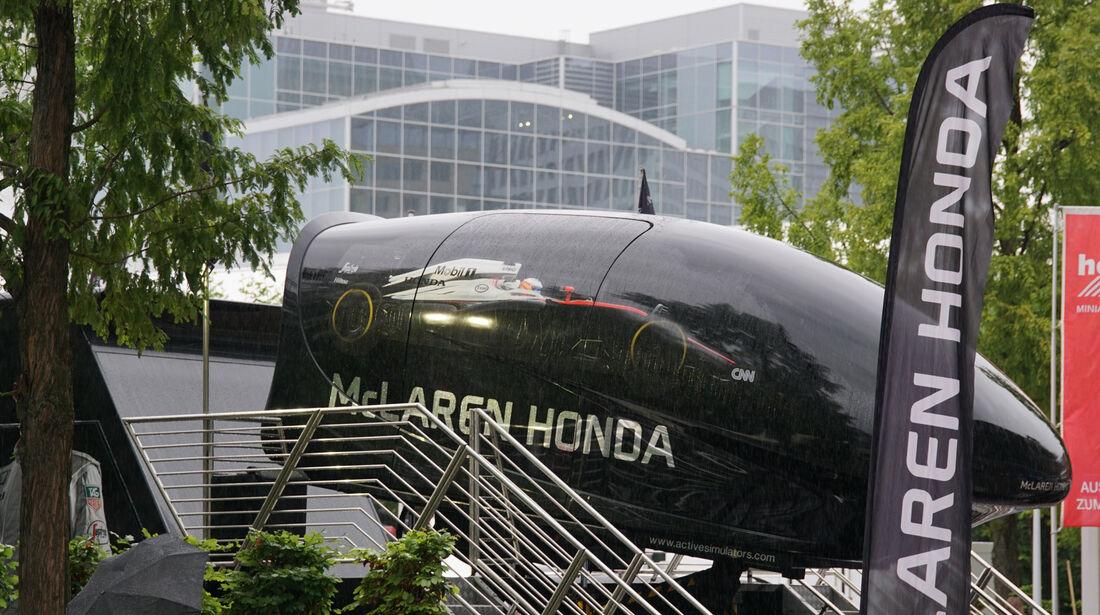 McLaren Honda Fahrsimulator