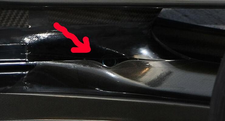 McLaren Mercedes Auspuff