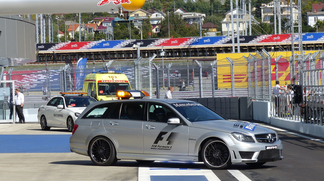 Medical Car - Formel 1 - GP Russland - 10. Oktober 2014