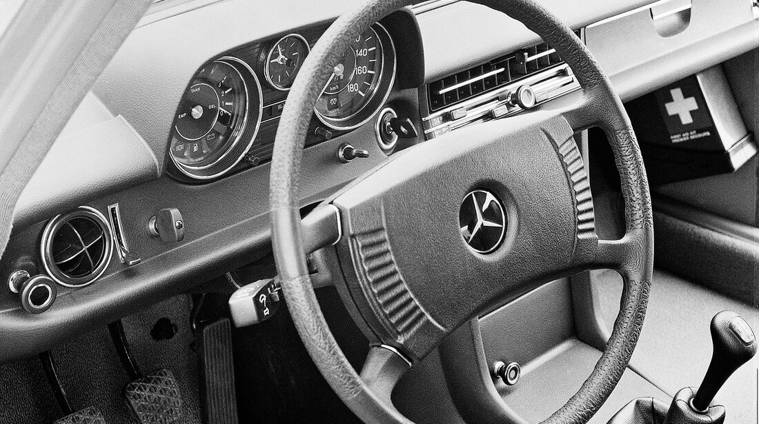 Mercedes /8 Strich-Acht