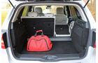 Mercedes B 200 NGD, Kofferraum, Durchlade